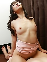 Sexy and slutty Japanese av idol Hibiki Otsuki shows a way to suck and lick