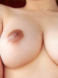 Busty babe Yuzuka Kinoshita knows much about dirty pleasure